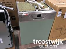 Luxury showroom kitchens, bath rooms, and tools - Online Auction ...