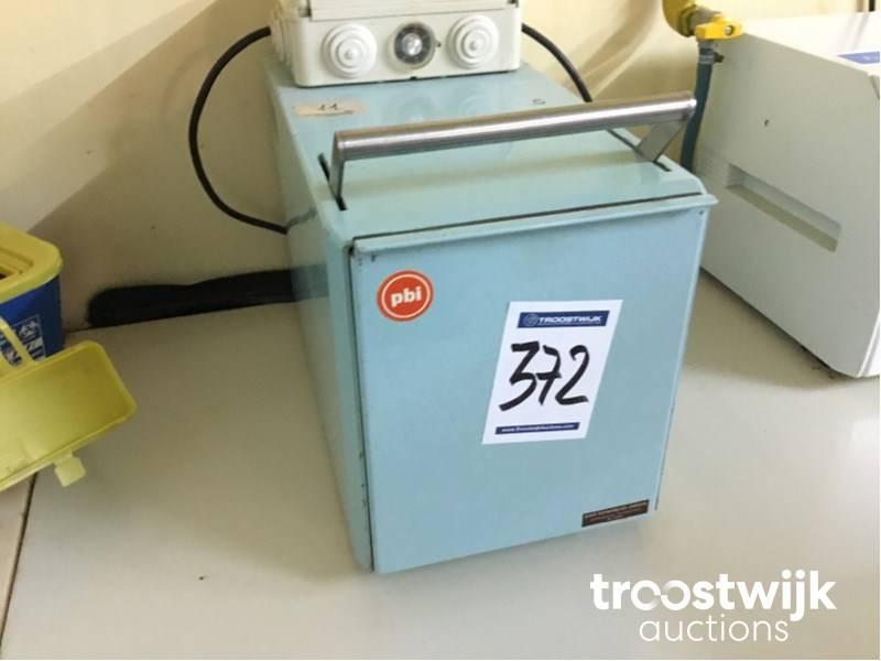 PBI laboratory homogenizer - Troostwijk