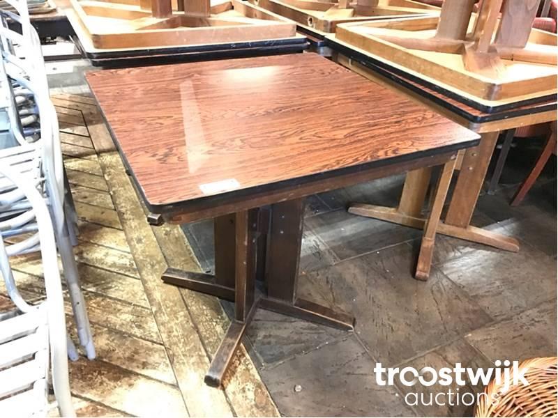 ≥ belgisch hardsteen tafel ijzeren onderstel gietijzer frame