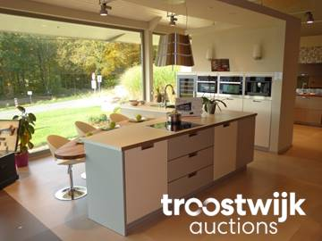 Pronorm Zebrano Island Lined Kitchen With Zebrano Table Troostwijk