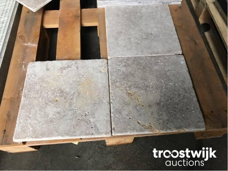 Dikte Natuursteen Tegels : Partij travertin natuursteen vloertegels troostwijk