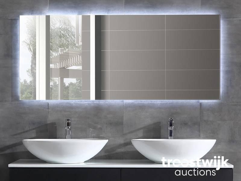 Spiegel Met Led : Luxury wellness lw led sp led spiegel met verwarming troostwijk
