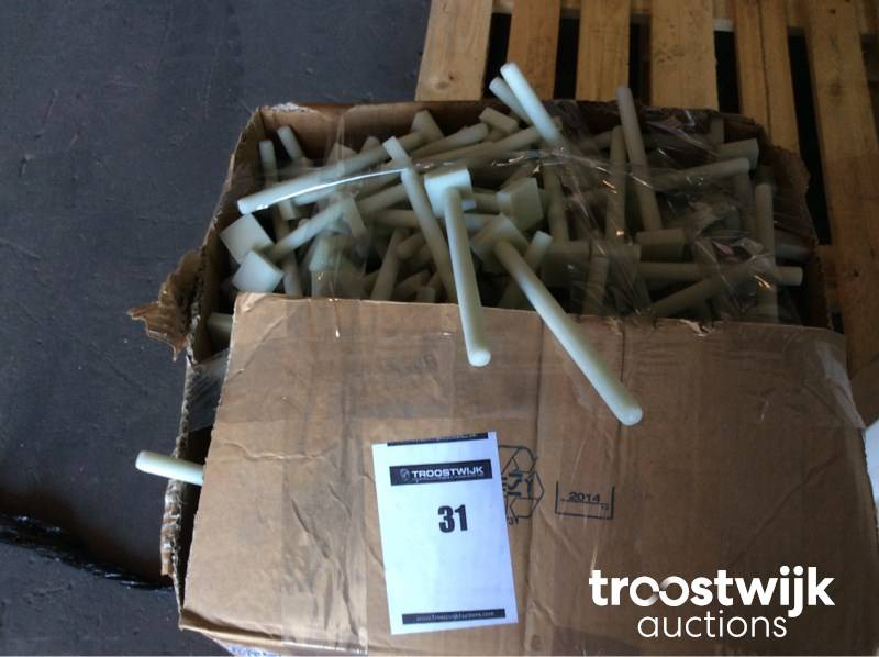 Threaded rod M12 plastic with square nut - St - Troostwijk