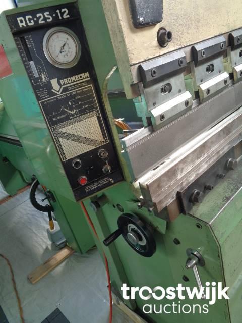 PROMECAM RG 25-12 Hydraulic press brake 1250 mm x 25 ton - Troostwijk