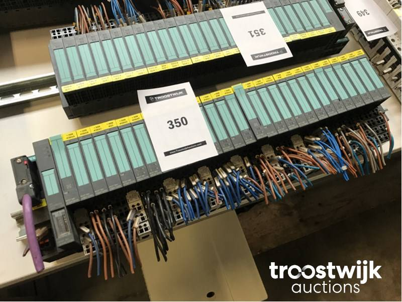 Siemens ET200S large quantity of PLC modules - Troostwijk