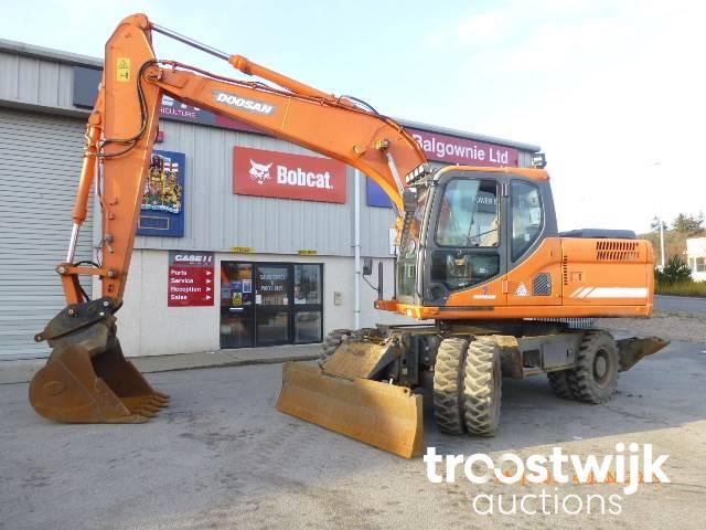 2012 Doosan DX170W-3 tracked Excavator - Troostwijk