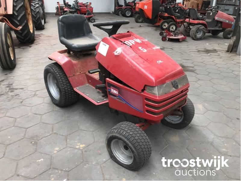 Toro 72110 lawn mower - Troostwijk