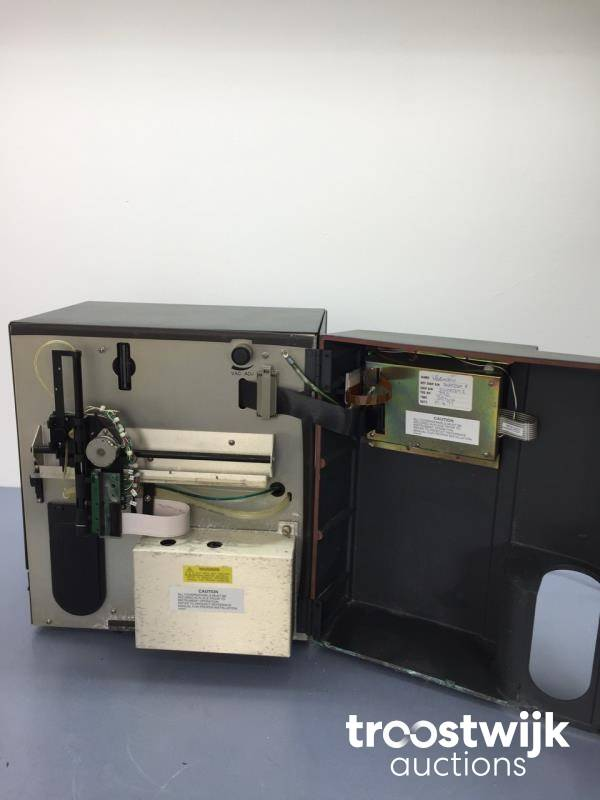 Beckman Coulter Ac  T Diff  Hematology Analyzer - Troostwijk