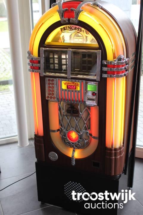 Wurlitzer 1015 One More Time Princess cd jukebox - Troostwijk
