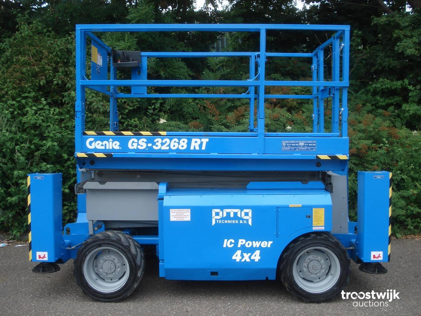 2007 Genie GS-3268RT diesel scissor lift - Troostwijk