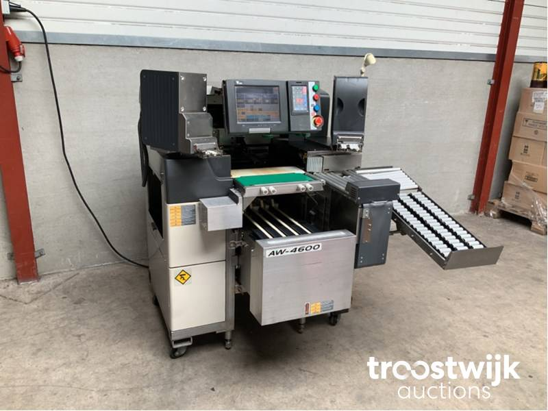 Digi AW-4600 semi-automatic weighing-packing-labeling system