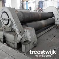 DECHOW AUKTIONEN   Metallbearbeitungsmaschinen und Fabrikhallenausstattung