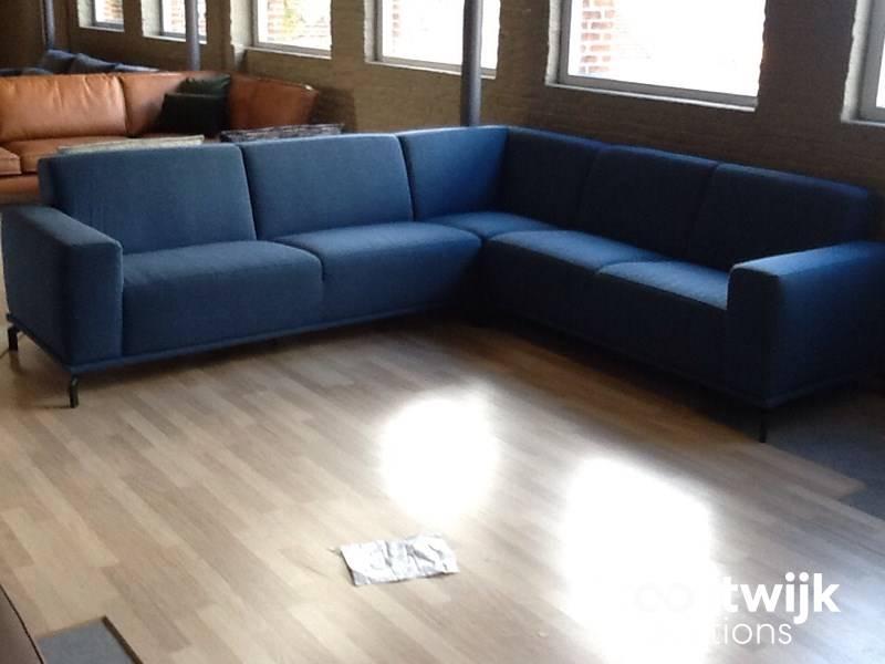 Corner sofa (3 + corner + 2) in designer fabric - Troostwijk