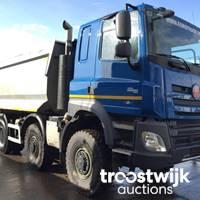 Neuwertige Tatra Fahrzeuge