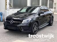 PKWs Mercedes, VW, BMW uvm in Leonding