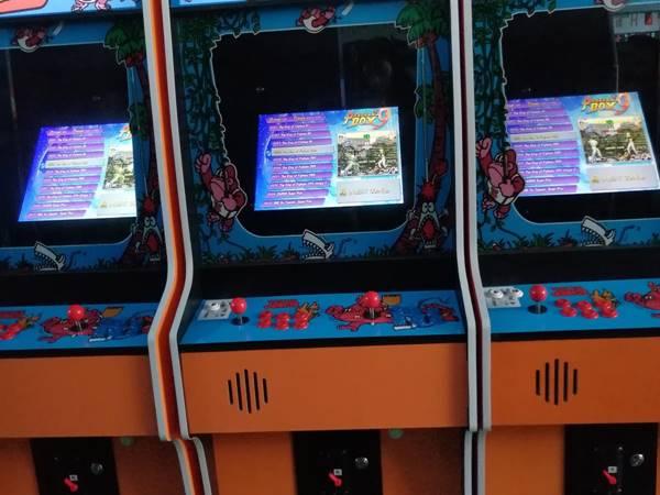 2020 King Of Arcades Donkey Kong Jr Arcade Game Cabinet Troostwijk