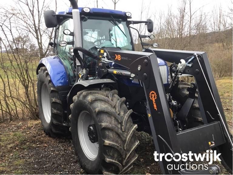 Traktor New Holland T6.160 AC mit Frontlader