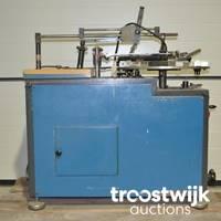 Lagerauflösung von Maschinen und Werkzeugen