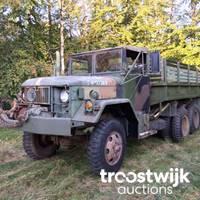 Sammlung von US Army Fahrzeugen