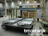 Online-Auktion von Maschinen zur Holzbearbeitung für die Fertigung von Paletten