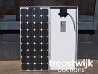 Online-Auktion von Solarmodulen und Wechselrichtern