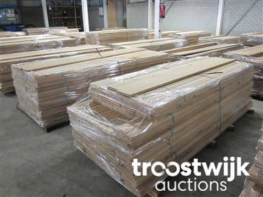 Partij Houten Vloer : Veiling houten vloeren hout en tuinhout houten vloeren te
