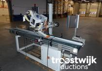 Labeller and 2 Conveyors