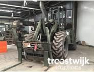 7. 4x4 rough terrain diesel forklift truck