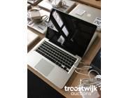 214. MacBook