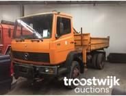 13. 4x4 kipper truck with crane