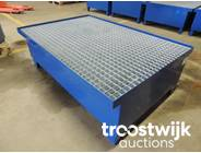 362. Drum Low profile spill containment pallet
