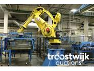 12. 6-axis handling robot
