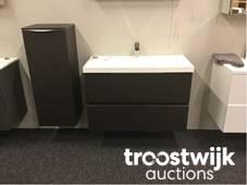 Diverse luxe badmeubels, sanitair en radiators - Online veiling ...